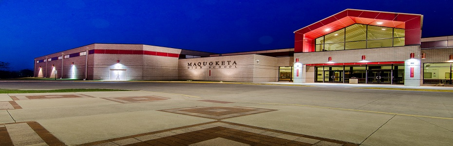 Maquoketa High School Exterior